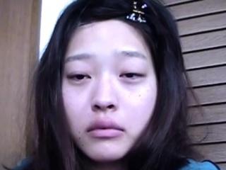 Asian teen drinks piss